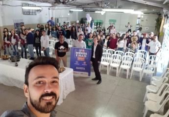 Alunos aprendem empreendedorismo com jovens empresários
