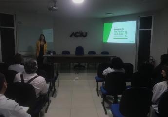 Colaboradores da Aciu participam de oficina de educação financeira