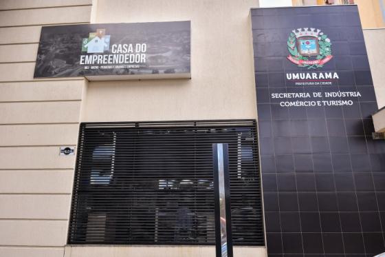 Junta Comercial já atende na Casa do Empreendedor, ao lado da Aciu