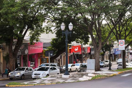 Lojistas de Umuarama projetam bons resultados para o Dia das Mães
