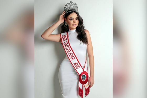 Teatro reabre com a magia do concurso Miss Universo Paraná 2021